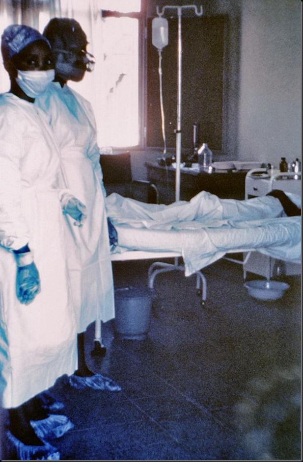 640px-7042_lores-Ebola-Zaire-CDC_Photo